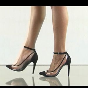 🖤Gorgeous BCBGeneration Black Transparent Heels